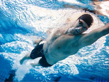 swimmer-feat